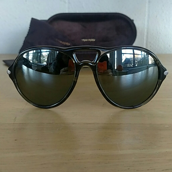 Tom Ford Other - Tom Ford Jasper TF245 Sunglasses Gray